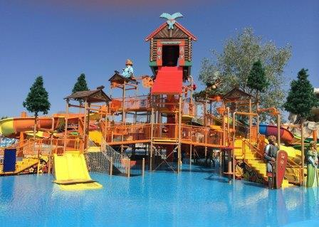 The largest water park in the Crimea, the rating of water parks on the peninsula
