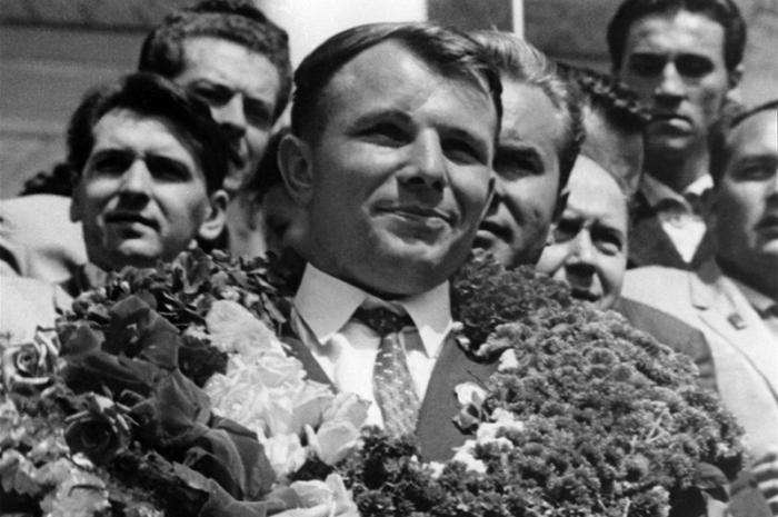 How long was Gagarin's flight? Details of Gagarin's space flight